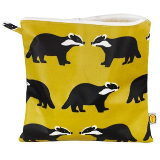 Kissing Badgers Anorak Large Toiletry Bag